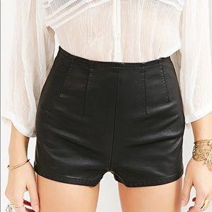 UO PINS & NEEDLES   Black Vegan Leather Shorts